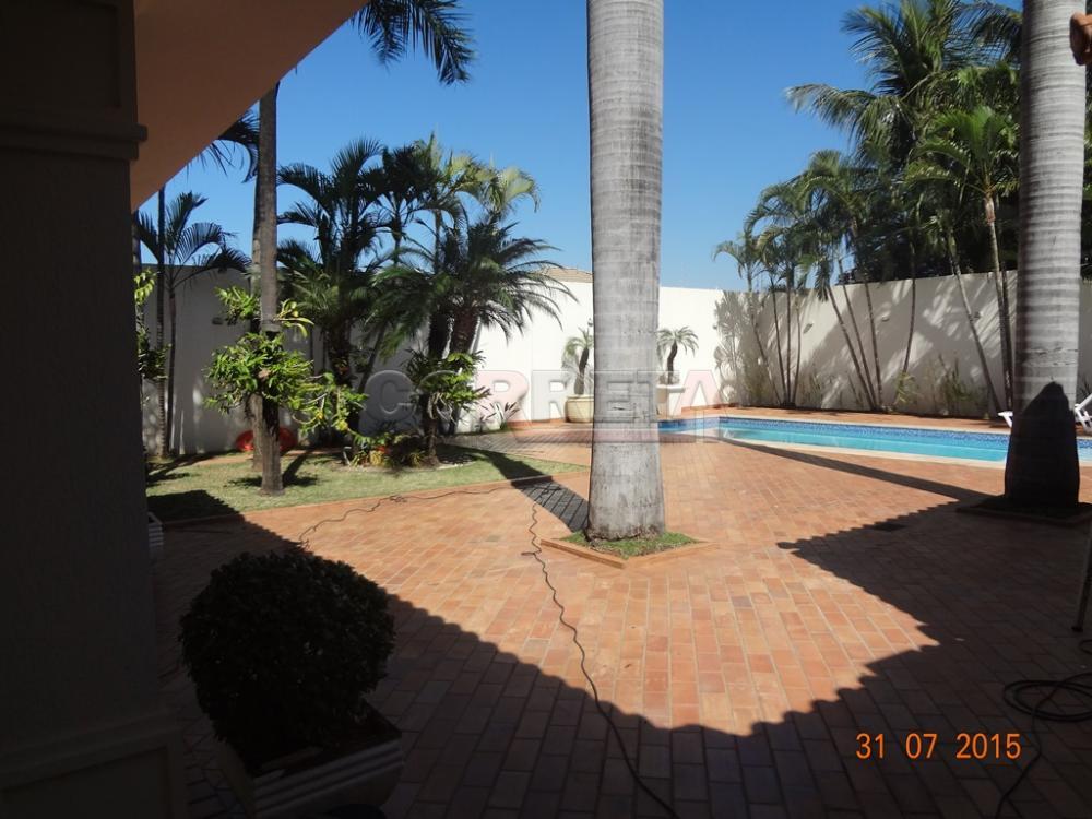 Comprar Casa / Sobrado em Araçatuba - Foto 2