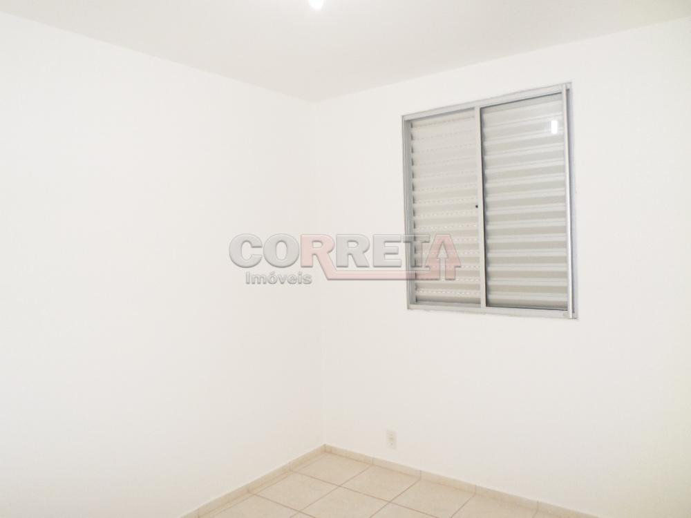 Alugar Apartamento / Padrão em Araçatuba. apenas R$ 600,00