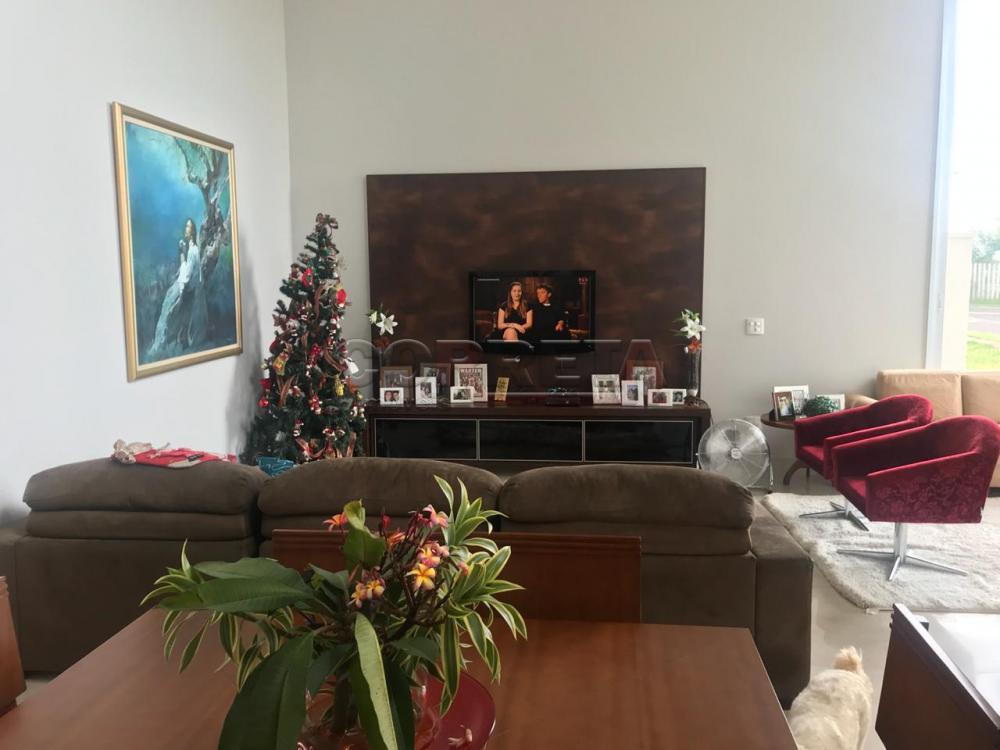 Aracatuba Casa Venda R$950.000,00 3 Dormitorios 3 Suites Area do terreno 400.00m2 Area construida 232.00m2