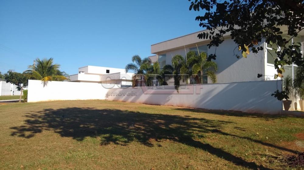 Comprar Terreno / Condomínio em Araçatuba R$ 300.000,00 - Foto 1