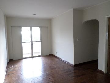 Alugar Apartamento / Padrão em Araçatuba. apenas R$ 320.000,00