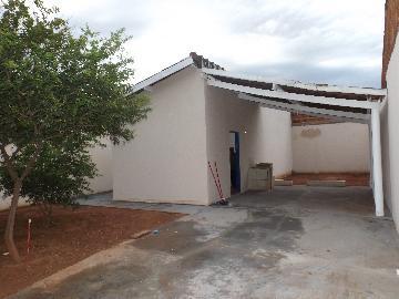 Alugar Casa / Padrão em Araçatuba. apenas R$ 550,00