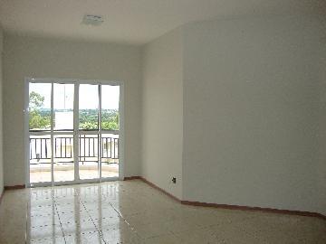 Alugar Apartamento / Padrão em Araçatuba. apenas R$ 1.350,00