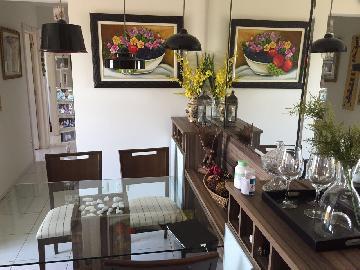 Alugar Apartamento / Padrão em Araçatuba. apenas R$ 305.000,00