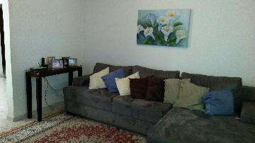 Alugar Casa / Padrão em Araçatuba. apenas R$ 285.000,00