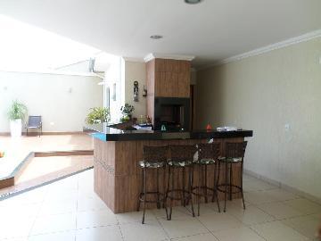 Aracatuba Condominio Serra Dourada Casa Venda R$700.000,00 Condominio R$250,00 4 Dormitorios 2 Vagas Area do terreno 303.00m2