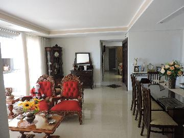 Aracatuba Centro Apartamento Venda R$1.000.000,00 Condominio R$1.000,00 4 Dormitorios 4 Vagas Area construida 210.00m2