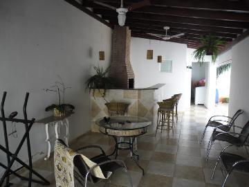 Alugar Casa / Condomínio em Araçatuba. apenas R$ 2.000,00