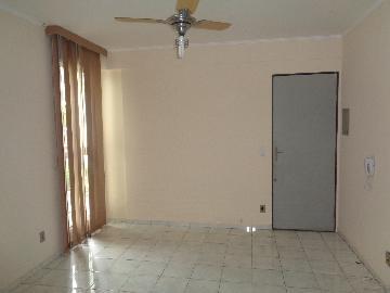 Alugar Apartamento / Padrão em Araçatuba. apenas R$ 500,00