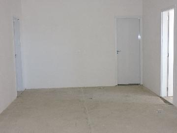 Alugar Apartamento / Padrão em Araçatuba. apenas R$ 380.000,00