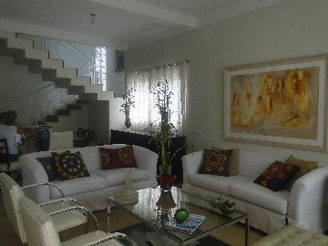 Alugar Casa / Sobrado em Araçatuba. apenas R$ 680.000,00