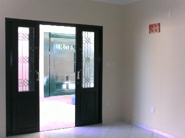 Alugar Casa / Padrão em Araçatuba apenas R$ 2.000,00 - Foto 1