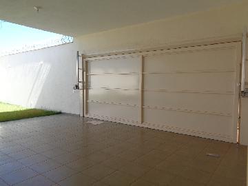 Alugar Casa / Residencial em Araçatuba apenas R$ 2.200,00 - Foto 1