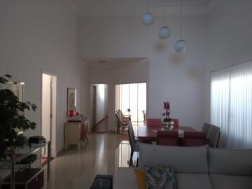 Aracatuba Condominio Serra Dourada Casa Venda R$850.000,00 Condominio R$400,00 3 Dormitorios 2 Vagas Area do terreno 300.30m2