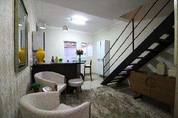 Comprar Casa / Condomínio em Araçatuba - Foto 1