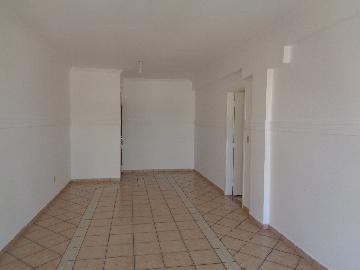 Alugar Apartamento / Padrão em Araçatuba R$ 1.000,00 - Foto 2