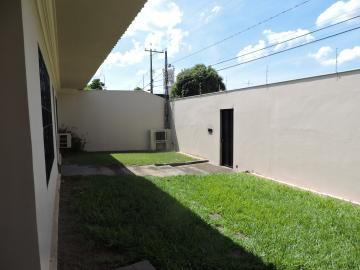 Comprar Casa / Residencial em Araçatuba - Foto 4