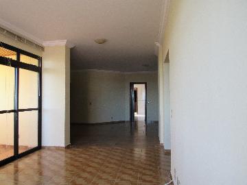 Comprar Apartamento / Padrão em Araçatuba apenas R$ 350.000,00 - Foto 1