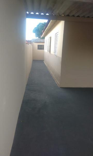 Alugar Casa / Residencial em Araçatuba R$ 600,00 - Foto 1