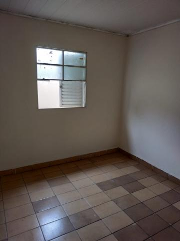 Alugar Casa / Residencial em Araçatuba R$ 600,00 - Foto 4