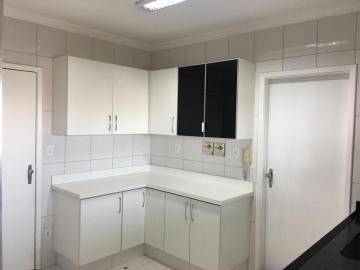 Comprar Apartamento / Padrão em Araçatuba apenas R$ 340.000,00 - Foto 2