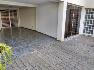 Alugar Casa / Residencial em Araçatuba R$ 3.300,00 - Foto 2