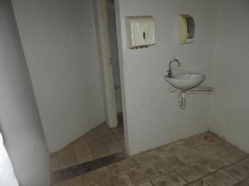 Alugar Comercial / Galpão em Araçatuba apenas R$ 600,00 - Foto 4