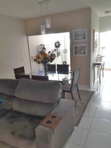 Comprar Apartamento / Padrão em Araçatuba apenas R$ 210.000,00 - Foto 1