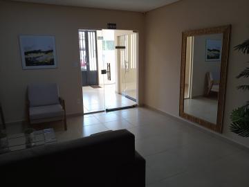Comprar Apartamento / Padrão em Araçatuba apenas R$ 320.000,00 - Foto 2