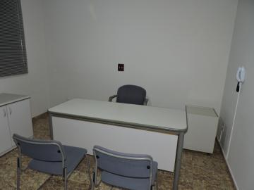 Alugar Casa / Residencial em Araçatuba R$ 1.600,00 - Foto 7