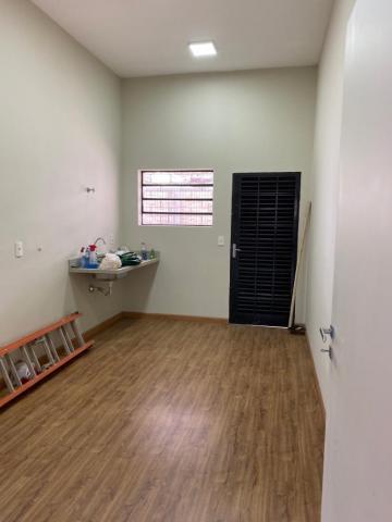 Comprar Comercial / Prédio em Araçatuba - Foto 9