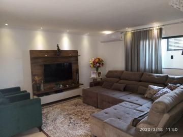 Comprar Casa / Sobrado em Araçatuba apenas R$ 600.000,00 - Foto 9