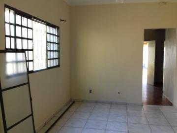 Alugar Casa / Residencial em Araçatuba apenas R$ 1.500,00 - Foto 1