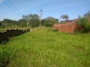 Comprar Terreno / Padrão em Araçatuba R$ 140.000,00 - Foto 2